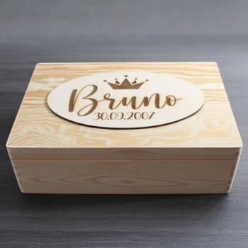 """ NAME + DATUM "" - Holzbox - BRUNO STYLE - Gr. L - ca. 40 x 30 x 14 cm 