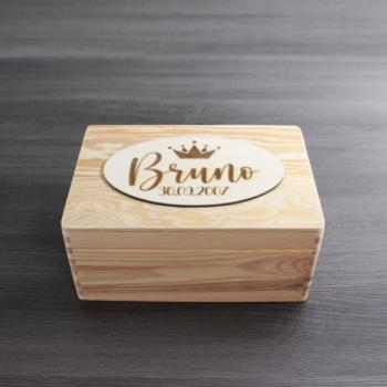 """ NAME + DATUM "" - Holzbox - BRUNO STYLE - Gr. S - ca. 30 x 20 x 14 cm 